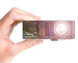 Optoma ML750 - ультракомпактное решение для мобильных презентаций