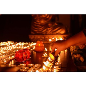 Новосибирские буддисты зажгут 1 000 лампад