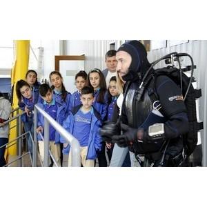 Интернациональный артековский отряд обучили подводной археологии в СевГУ