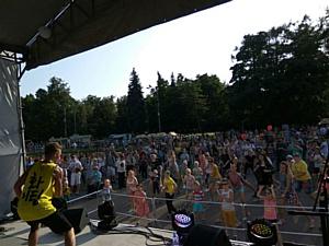 Впервые в парке «Сокольники» состоялся самый сладкий фестиваль «Лакомка»