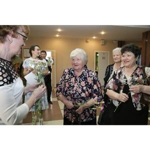В Удмуртэнерго поздравили ветеранов предприятия с Днем пожилого человека