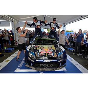 Volkswagen завоёвывает третий подряд чемпионский титул на турнире WRC при поддержке Castrol EDGE