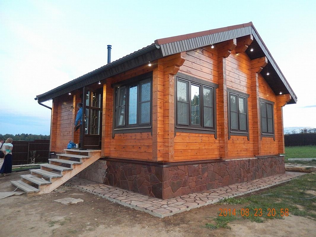 Преимущества приобретения коттеджей из клееного бруса в «Деревянном доме»