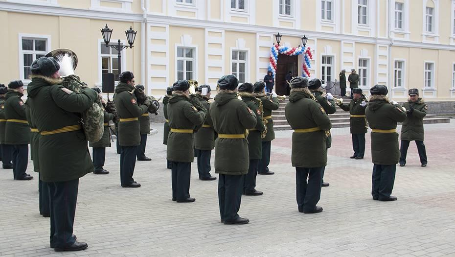 В Екатеринбурге военные строители отреставрировали памятник архитектуры ХIХ века