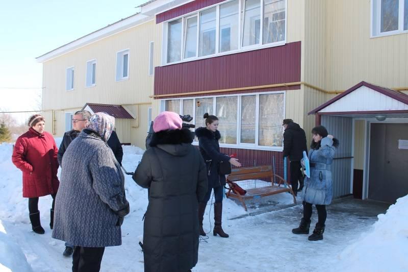 Активисты ОНФ взяли на контроль состояние ветхого дома в поселке Коммунар в Мордовии