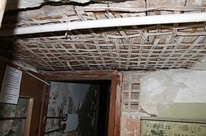 Эксперты ОНФ настаивают на признании аварийным дома на улице 45-й Стрелковой Дивизии в Воронеже