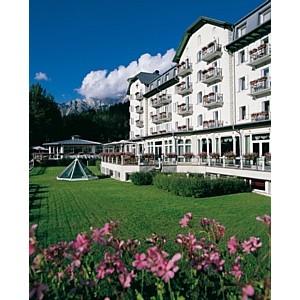 Лето в горах в отеле Cristallo Hotel Spa & Golf