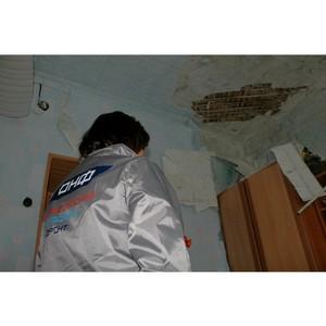 Активисты ОНФ обсудили на заседании проблемы затягивания сроков капремонта жилого дома в Костроме