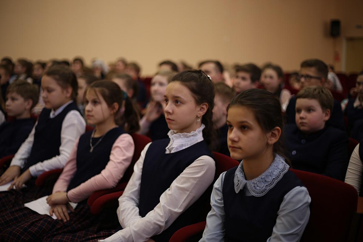 Урок мужества ко Дню защитника Отечества прошел в нижегородской Православной гимназии им.А.Невского