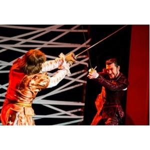 Столичный экшн-театр Виват представляет новую постановку спектакля «Собака на сене»