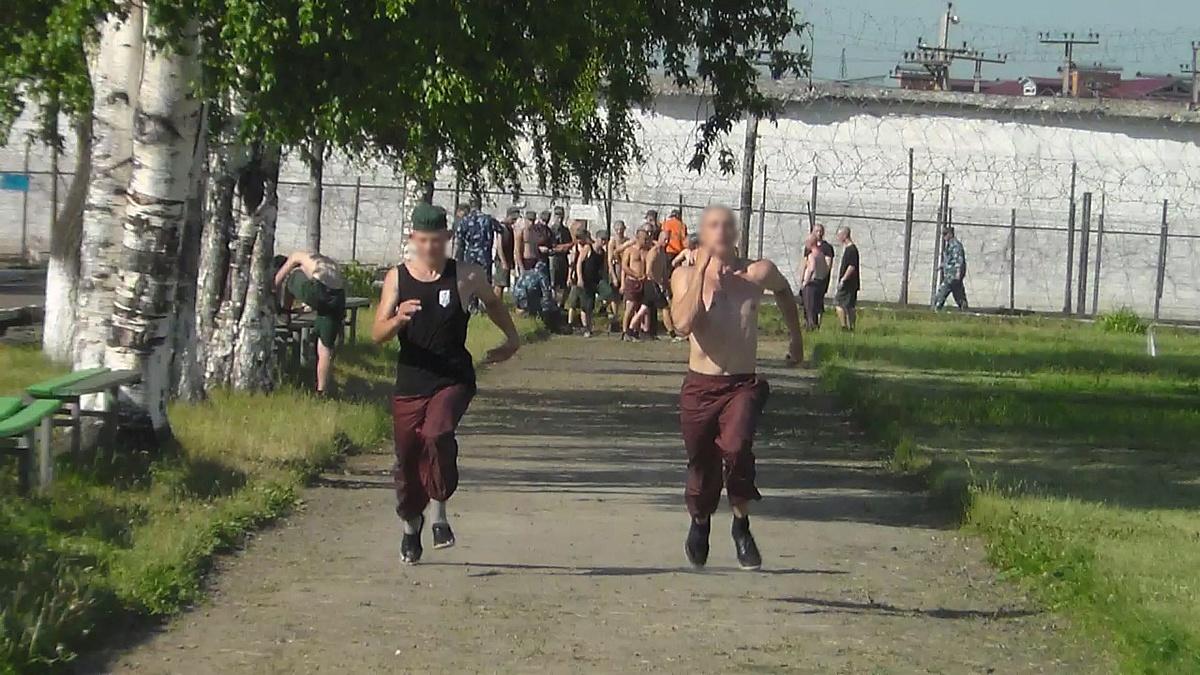 На время летних каникул в МВК успешно реализуется Программа летней занятости несовершеннолетних