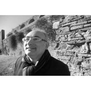 Осуществлять капиталовложения в недвижимость за рубежом советует Клаудио Джулиано