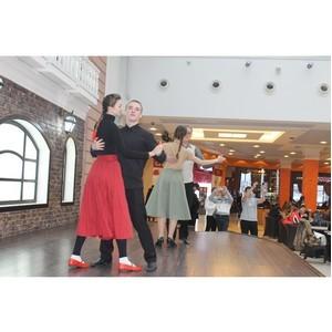 Воронежская команда «Молодежки ОНФ» присоединилась к акции «Случайный вальс»