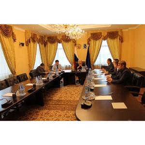 Активисты Народного фронта обсудили с вице-губернатором Ямала реализацию предложений и проектов ОНФ