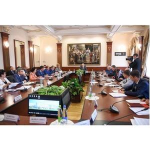Ильшат Гафуров принял участие в совещании по реализации проекта первых полилингвальных школ