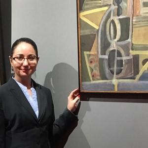 Илгизя Шарафиева посетила выставку Собрание Вершин в галерее VSunio