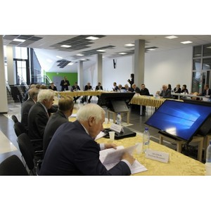 """Совместное заседание в технопарке """"Университетский"""""""