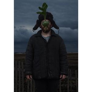 Фотохудожник из Сибири показал свой взгляд на творчество Рене Магритта