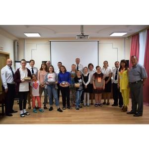 Сотрудники полиции Зеленограда поздравили детей с началом учебного года