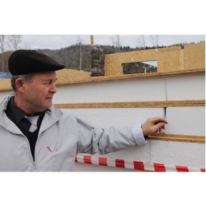 ОНФ в Хакасии выявил нарушения в строительстве дома для переселенцев из аварийного жилья в Бискамже