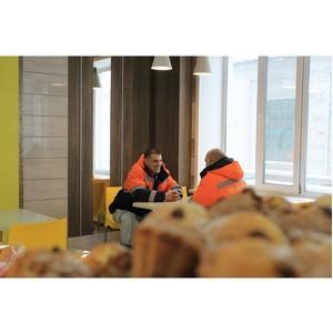 """«Эстетика и интерьер обеденной зоны очень важны"""", - дизайнер о проекте столовой для шахты «Юбилейной»."""