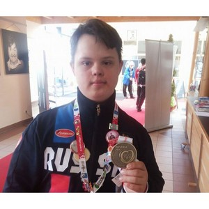 Вадим Супиков поддержал участника Всемирных зимних специальных олимпийских игр