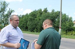 Активисты ОНФ проверили отмеченные на карте «убитых» дорог участки в Новоусманском районе