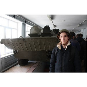 Волгоградская команда «Молодежки ОНФ» провела акцию «В армию на денек»