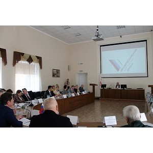 Активисты Народного фронта в Оренбургской области обсудили кадровые проблемы в здравоохранении