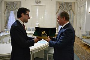 Глава ДВМС встретился с мэром Флоренции