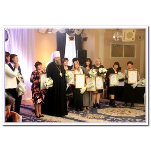 Митрополит Меркурий благословил и поблагодарил педагогов