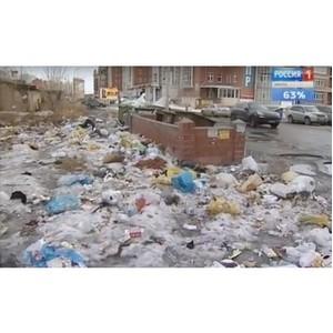 Почему вокруг мусорных контейнеров свалка?