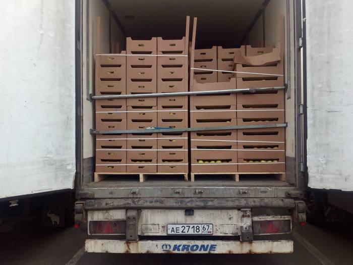 Более 100 тонн санкционных товаров задержано смоленскими таможенниками