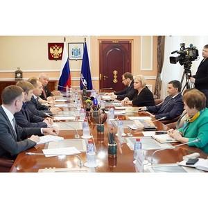 Активисты Народного фронта обсудили с губернатором Ямала реализацию общественных предложений