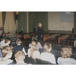 Полицейские Зеленограда провели профилактические беседы с подростками
