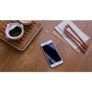 Успешный старт продаж смартфона IUNI N1 в России