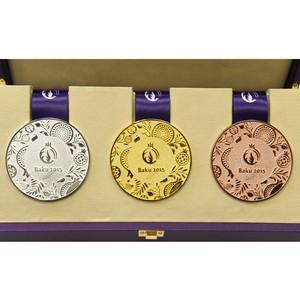 Представлен дизайн медалей первых Европейских Игр в Баку 2015 Автор проекта - компания Адамас