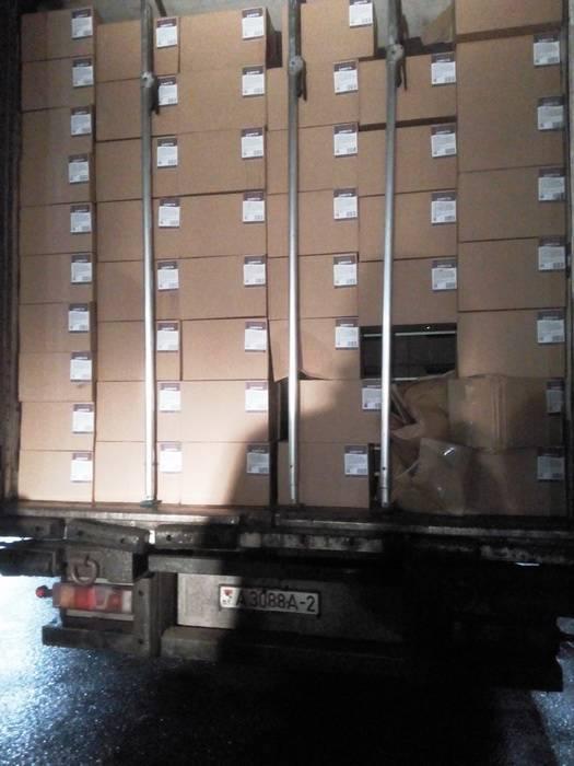 Смоленские таможенники выявили 60 тонн фруктов, ввозимых под видом белорусских сладостей