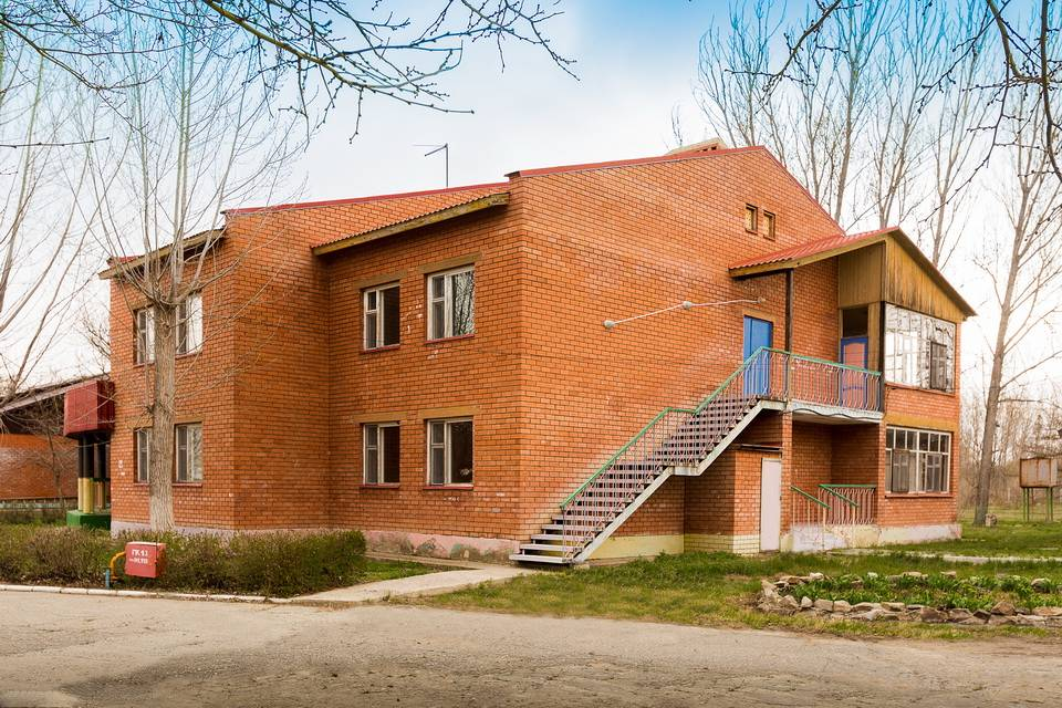 База с постройками в Астрахани