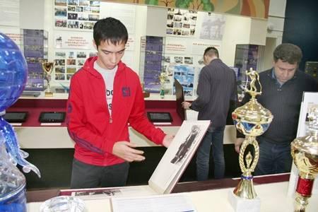 В музее «Саратовнефтегаза» завершился годовой цикл тематических экскурсий