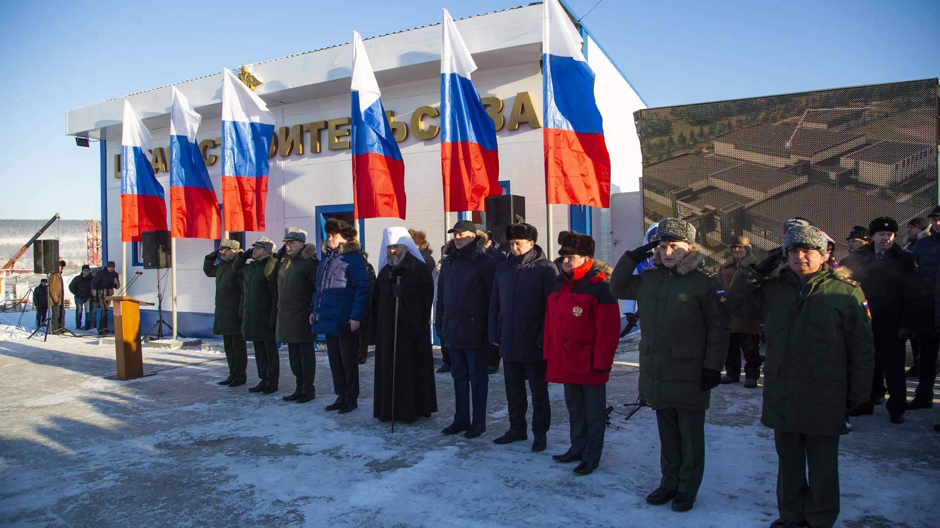 В честь начала строительства Президентского кадетского училища установлен памятный камень
