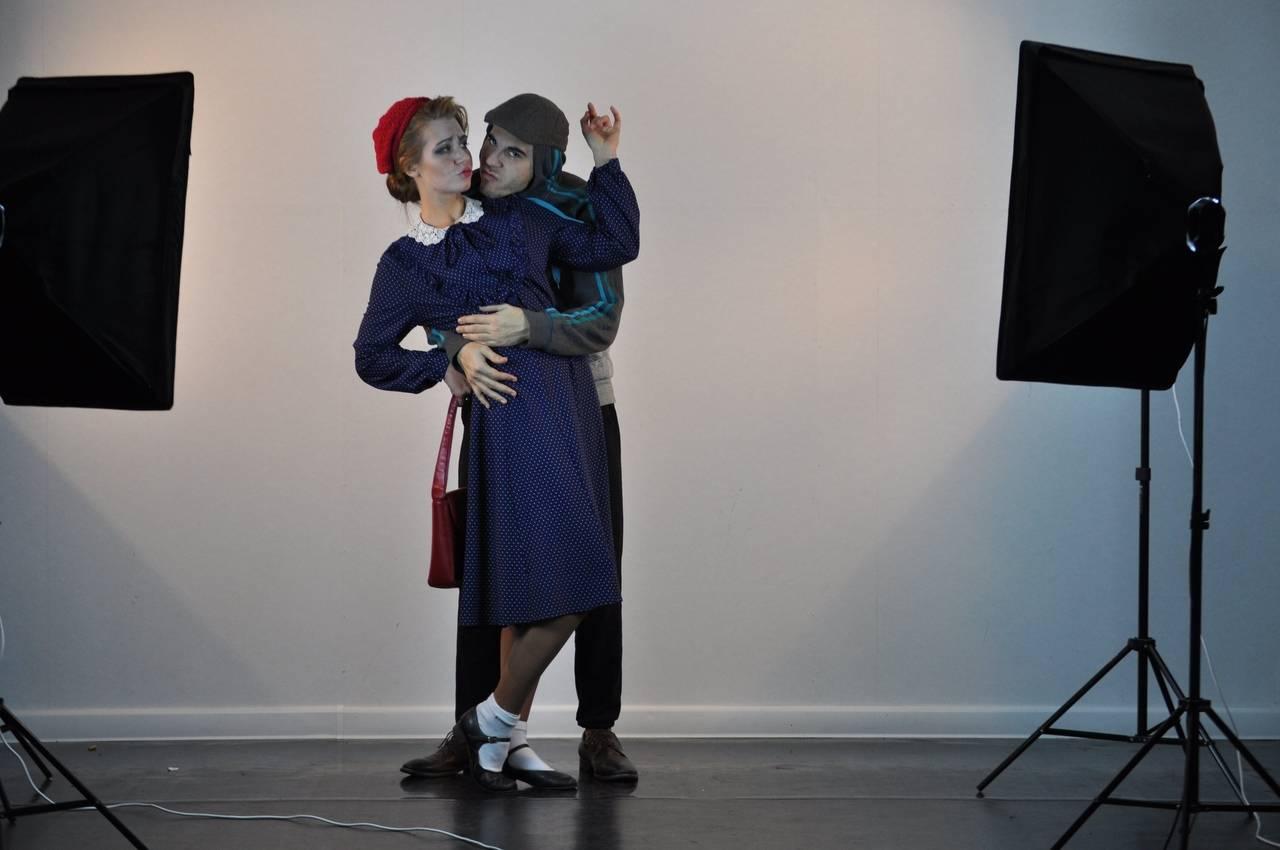 Спектакль «Параллельные люди» раскрывает смысл жизни