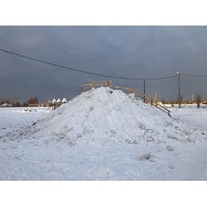 Активисты ОНФ в Югре выявили опасные снежные горки