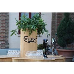 Пивоварня Carlsberg — в новом проекте Владимира Познера на «Первом»
