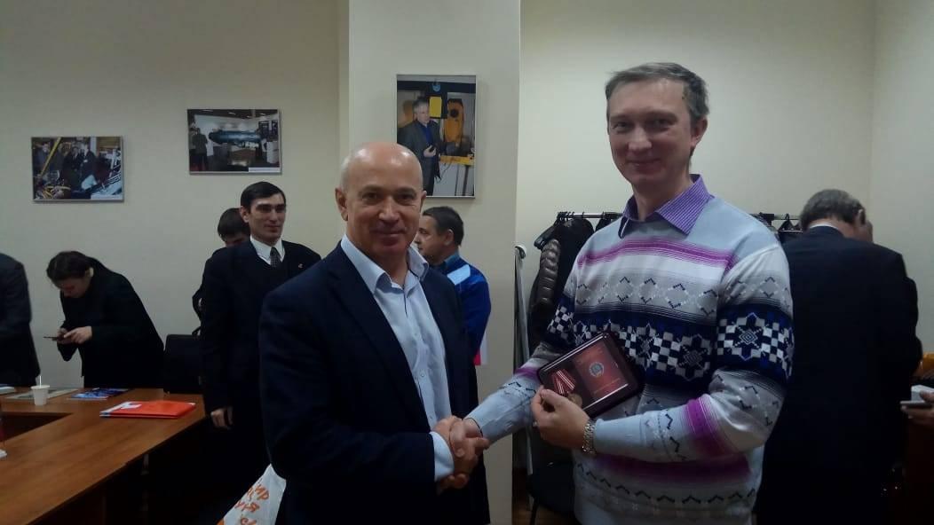 Дмитрий Иванович Зезюлин, председатель МГО ВОИР и Колупаев Николай Александрович