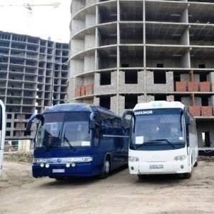 аренда автобуса в Краснодаре, автобусы оснащены: кондиционер, микрофон,ТВ