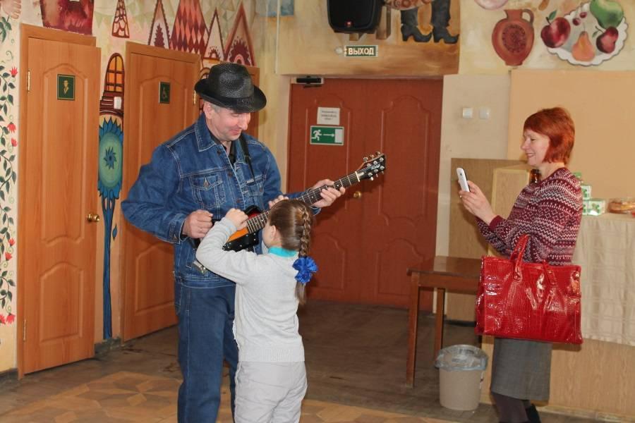 Активисты ОНФ в Мордовии организовали для детей-инвалидов просмотр бесплатного спектакля