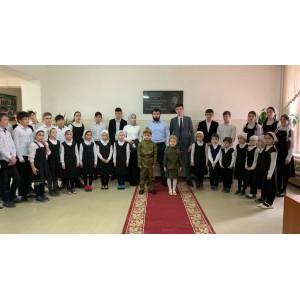 Школьники Чечни в проекте ОНФ «Имя героя – школе» рассказали о легендарном снайпере Идрисове