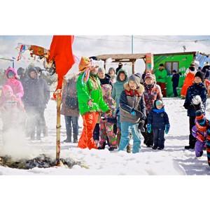 Более двухсот пятидесяти любителей загородной жизни проводили зиму на Масленице в Истринской долине