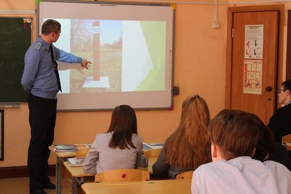 Проект ОНФ «Детям – о защитниках Родины» на Камчатке за три года объединил около 3 тысяч школьников